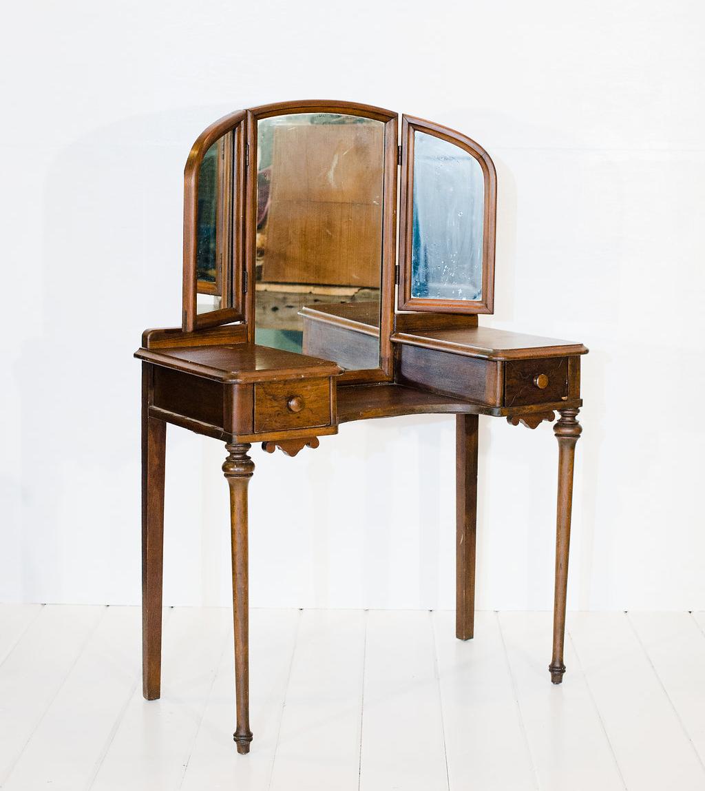 Antique Vanity Vintage Rentals In Connecticut