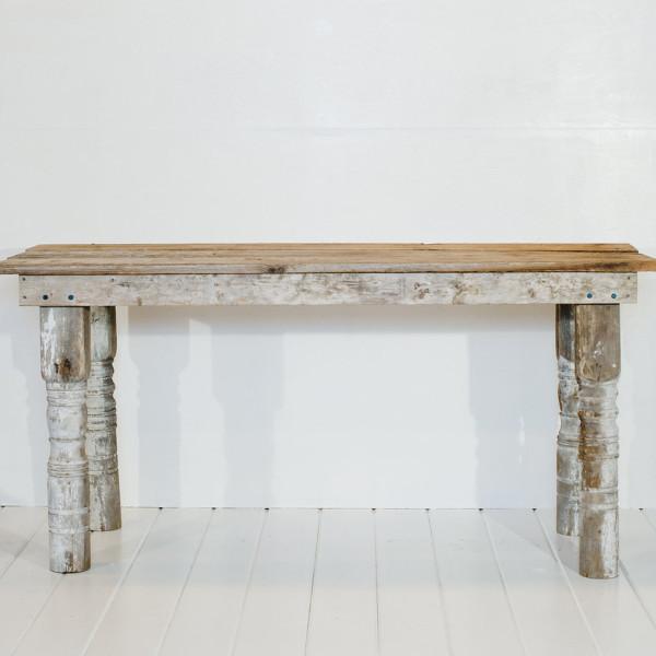 farmhouse-tables